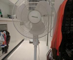 Heller Upright fan