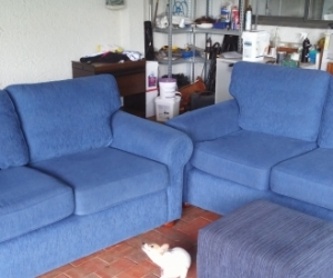 2 (Two) couches.