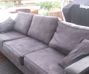 2.6mt long 3 seater couch