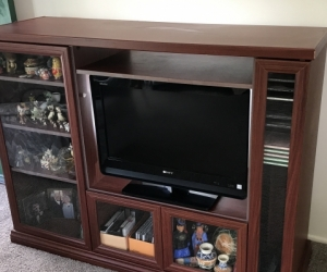 Awesum TV Stand / Unit