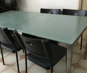 Dining Table and 3 chairs -FREE