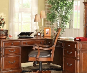 WANTED: Office desk and chair