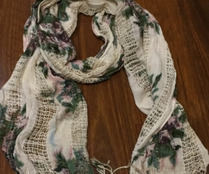 Light weight scarf floral