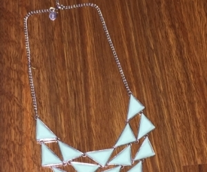Teal lovissa necklace
