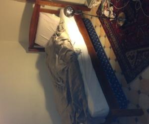 King single bed base and mattress
