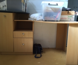 Desk - corner unit