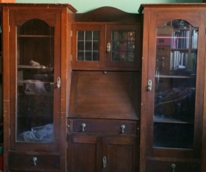 Cabinet display writing desk