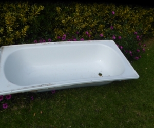 Metal bath for use as planter or pond
