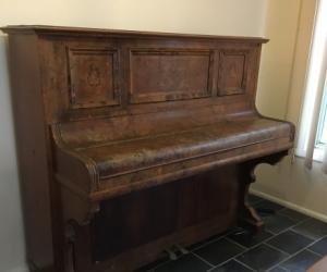 Upright German Eigenrac  piano