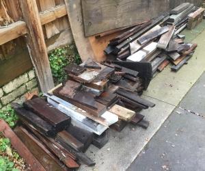Free firewood scraps