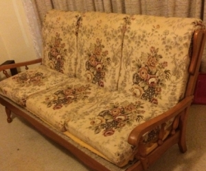 Colonial style Jackson lounge and chair