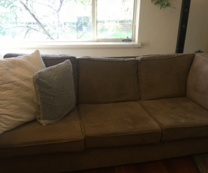L Shaped 5 seater couch - Two pieces