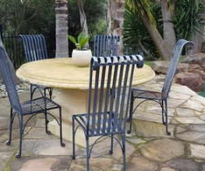 Outdoor table with 5 chairs