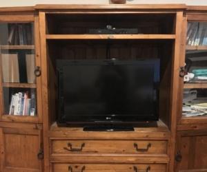 Early settler entertainment TV unit cabinet