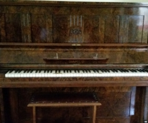 Old style piano