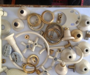 Almond Ivory Tap Fittings