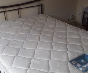 Queen size bed & mattress