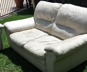 2 x2 Seater Leather lounge suite