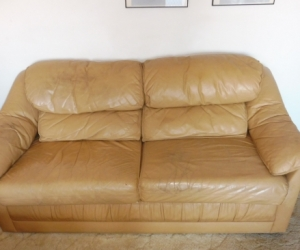 Leather two seat lounge