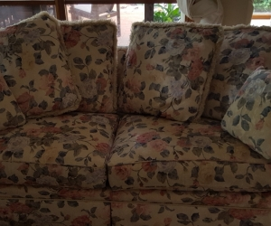 Sofa - 2&1/2 seater- Floral