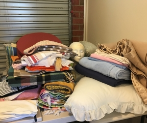 Cushions/towels/blankets/tri pillow