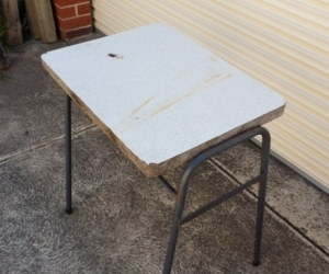 Small table with metal legs