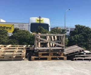WOOD/PALLETS/TIMBER