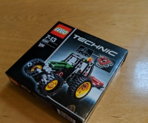 Lego Technic Tractor (7-13)