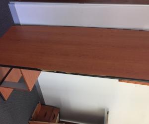 Desk and return