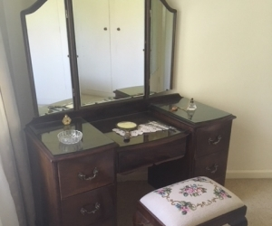 Queen Anne Dresser with Mirror