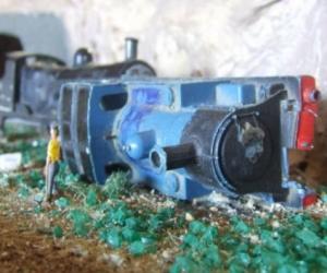 Model Train Bits
