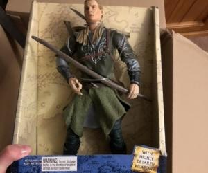 Legolas figurine