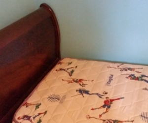 Single Sleigh style slat bed