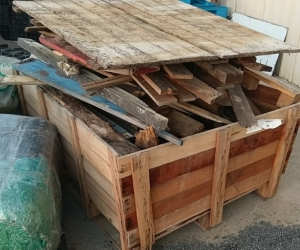 Free timber - broken pallets and firewood