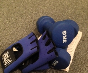3kg weights and training gloves