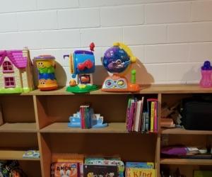 Buffet table / Book shelf