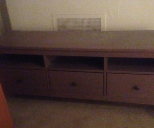 Tv stand woth drawers