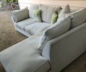 Free- 4 seat  modular couch