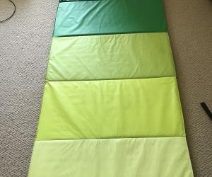 Foam gymnastic or play mat