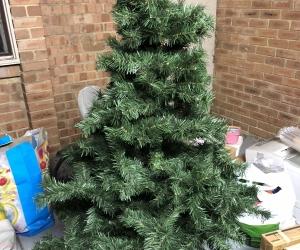 Xmas Tree, Lights & Xmas Ornaments