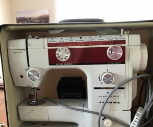 35 year old Janome Sewing Machine - metal body
