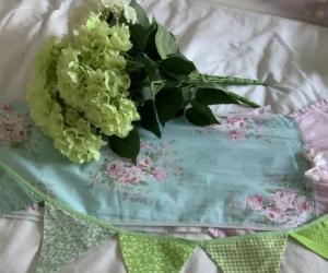 Shabby Chic table runner, bunting and flower arrangement
