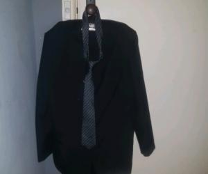 Mens Barrington suit..102 Reg