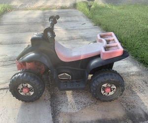 Kids quad bike - east Ivanhoe