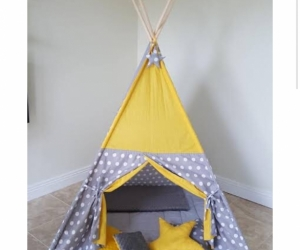 Tee pee or  dome tent