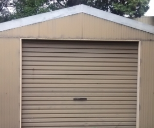 Garage 6mx3.5m for free