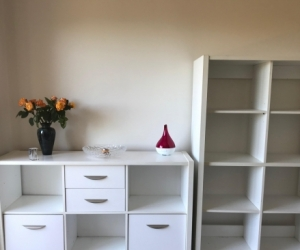 White TV Cabinet/buffet and matching bookshelf, good condition