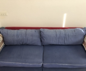 Very Comfortable Lounge