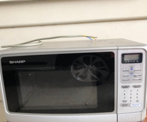 Free Microwave (working)
