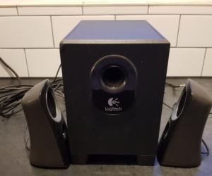 Logitech speaker system with subwoofer